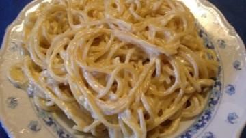 Espaguetti a los cuatro quesos